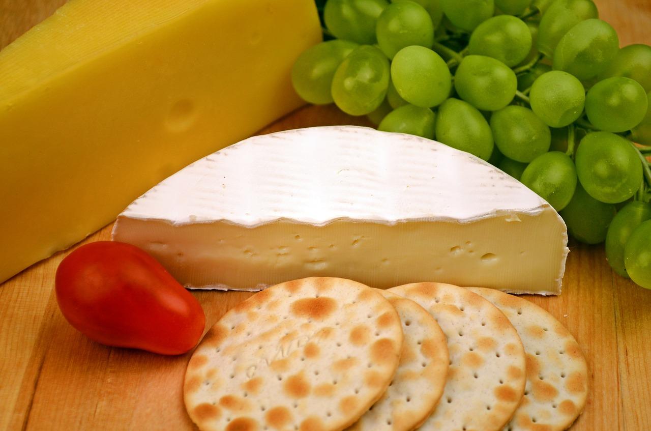 camembert-1114058_1280